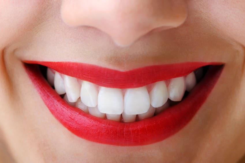 Надежное протезирование зубов в Харькове
