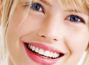 Протезирование: некрасивая улыбка или отсутствие зуба. Что чаще не устраивает?