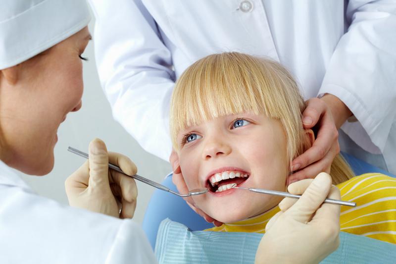 • Множественный кариес у детей. Причины, лечение