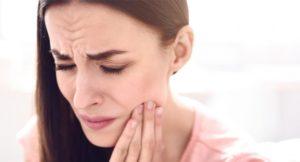 Осложнения после удаления зубов. Какие бывают и почему возникают?