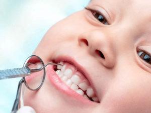 Пластика уздечки губ и языка. Для чего она необходима?