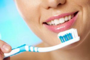 Как продлить жизнь импланта? Рекомендации стоматолога