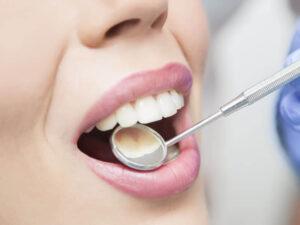 Срочное лечение зубов. 8 признаков, что вам нужно к стоматологу